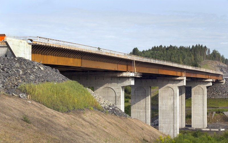 Canam-Bridges completed its mandate on June 27, 2014.