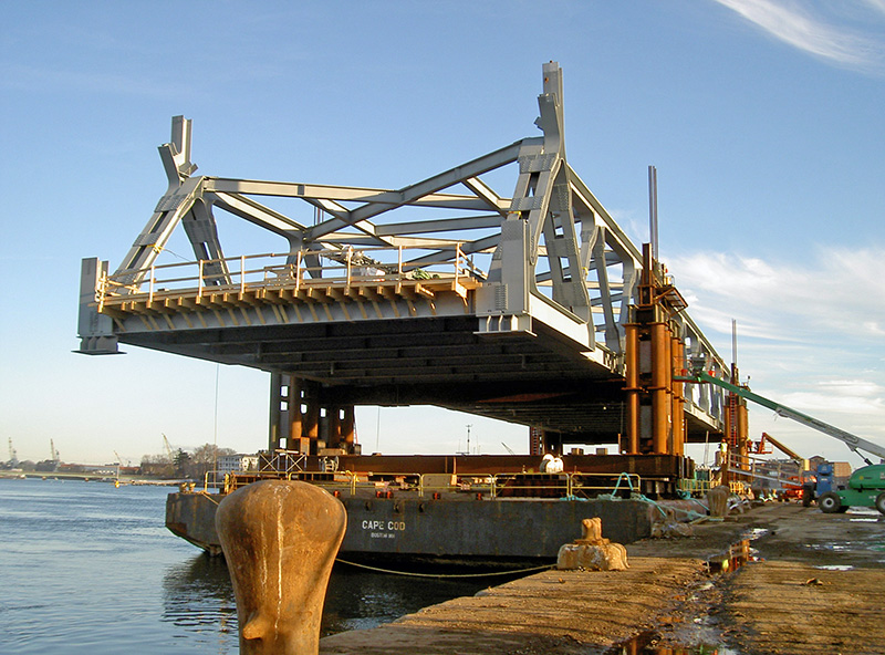 Memorial Bridge Southbound Span in Place