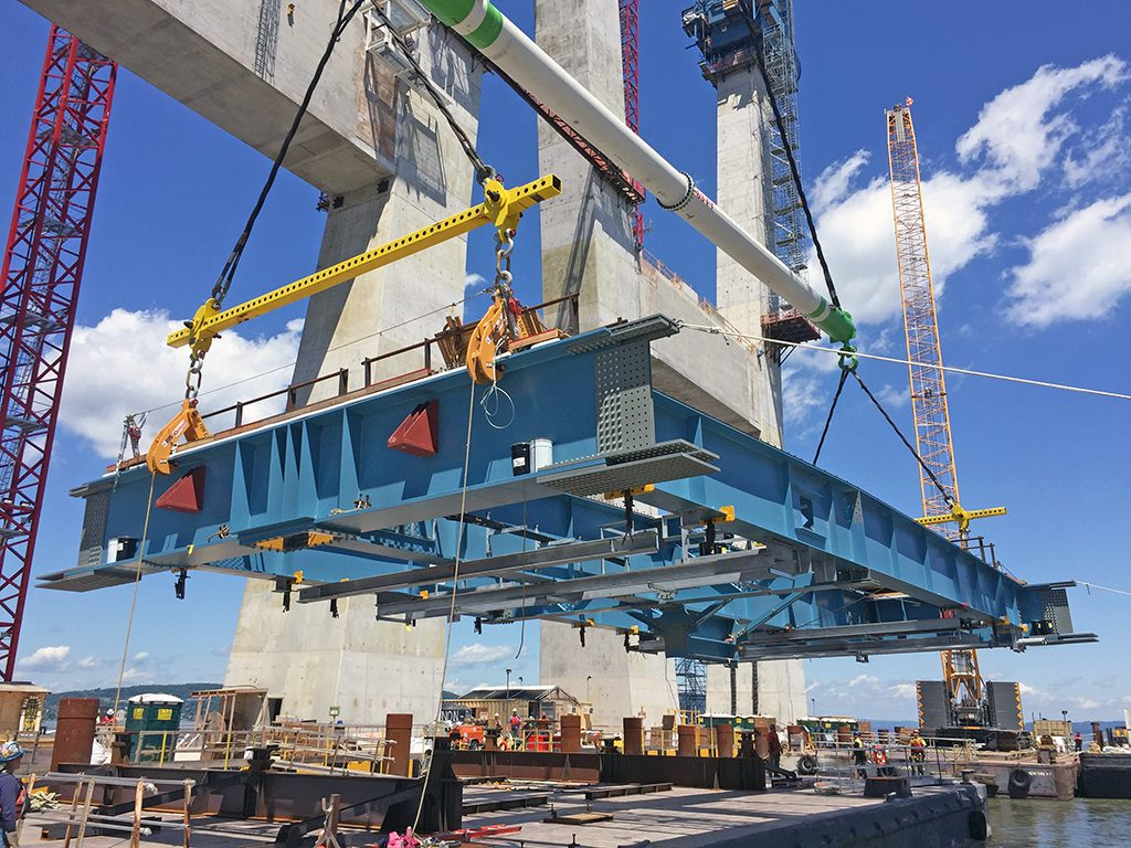 Canam-Bridges' First Pieces Erected on the New Tappan Zee Bridge