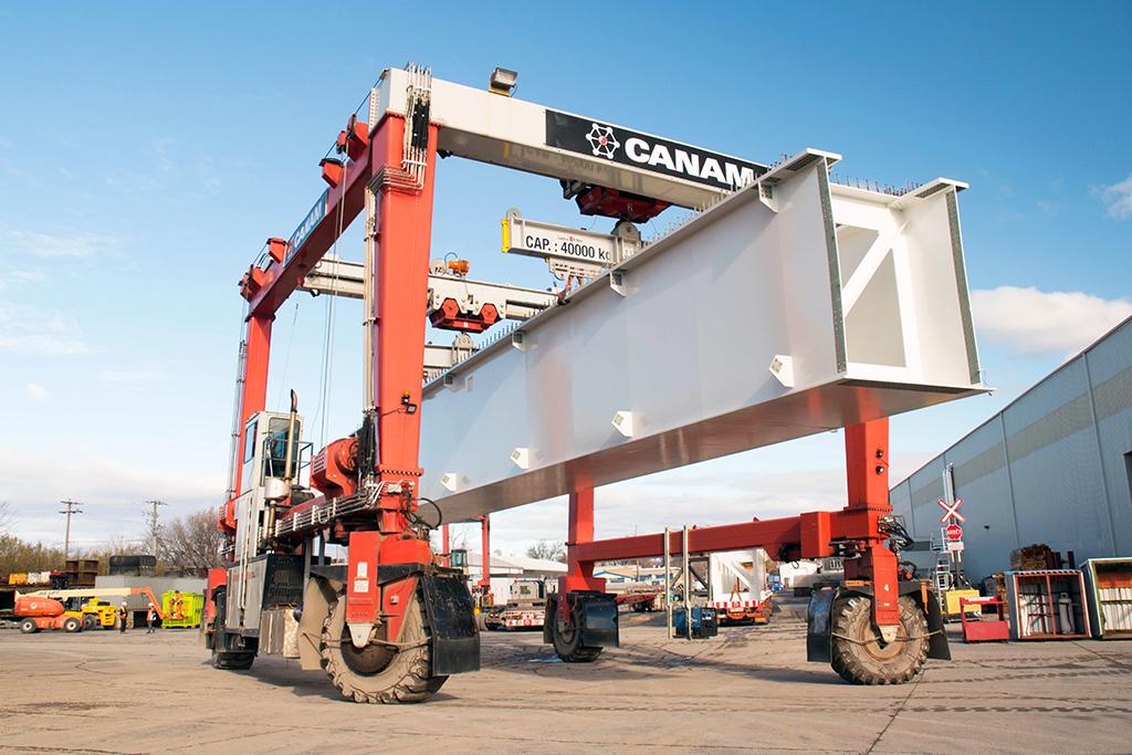 Nouveau pont Champlain : Canam livre ses premières poutres caissons