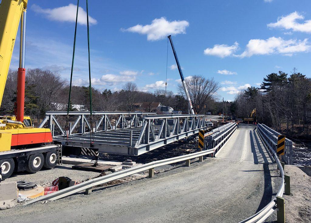 Overhead Crane Newfoundland : Shelburne bridge canam bridges