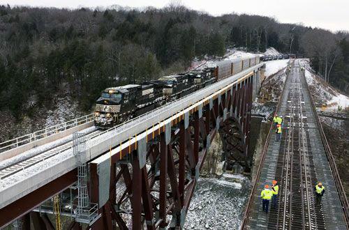 Ouverture du pont ferroviaire de Portageville